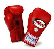 Боксерские перчатки соревновательные на шнурках BGLL-1