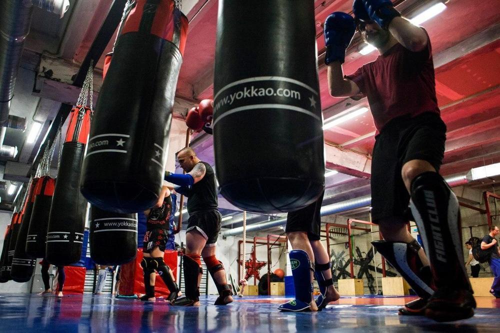 защита для бокса и единоборств перчатки кожаные