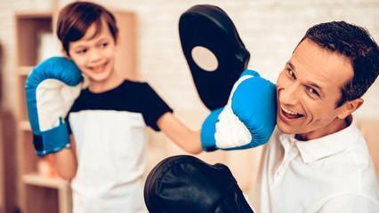 детские боксерские перчатки 3 года