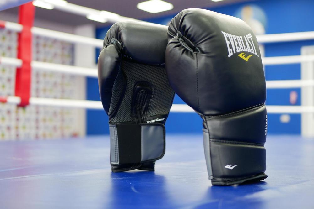 боксерские перчатки Everlast protex2 какой размер