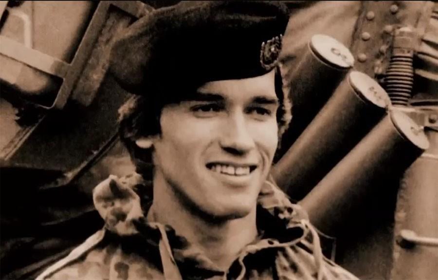Арнольд в армии биография фото в танке