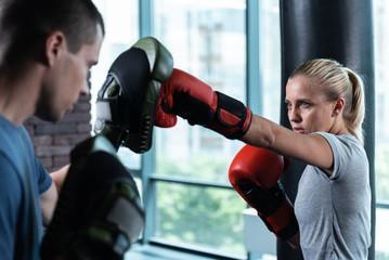 оригинальные тренировочные боксерские перчатки для защиты рук