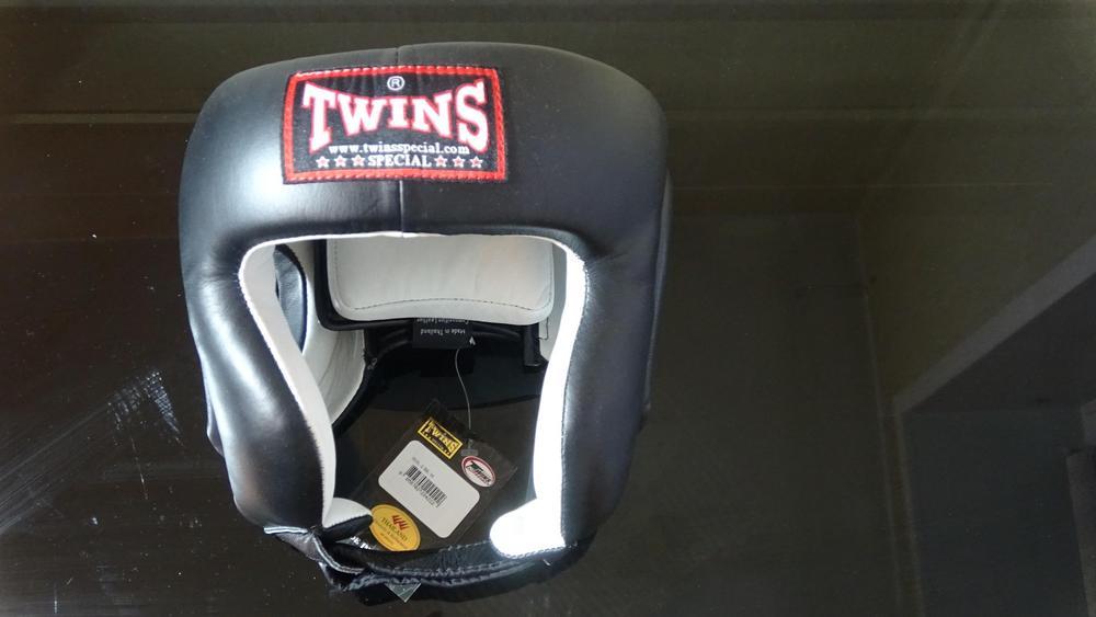 боксерский шлем twins hgl-2
