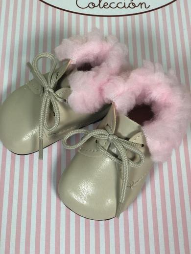 Ботиночки на куклу 60 см