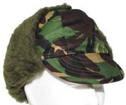 Зимняя шапка расцветки Вудленд б/у