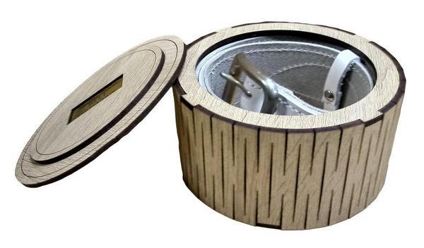 Коробка для ремня деревянная