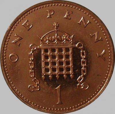 1 пенни 2000 Великобритания.