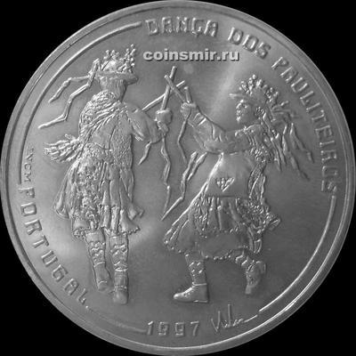 1000 эскудо 1997 Португалия. Танцоры Pauliteiros.