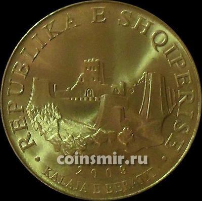 10 лек 2009 Албания. Крепость Берат.