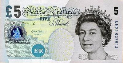 5 фунтов 2002 Великобритания.