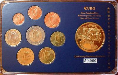Набор евро монет 2005 + жетон Ирландия. Пластик.