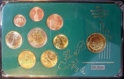 Набор евро монет 2002,2003 Италия. Пластик.
