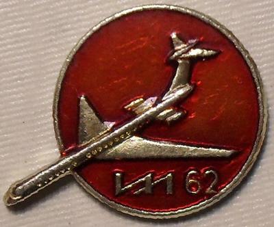Значок ИЛ-62. СМЗ. Красный.