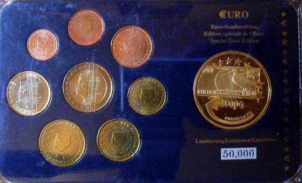 Набор евро монет 2000-2003 Нидерланды. Пластик.