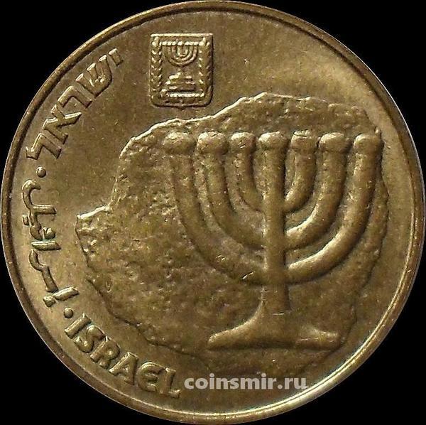 10 агор 1994 Израиль. Менора-золотой семирожковый светильник.