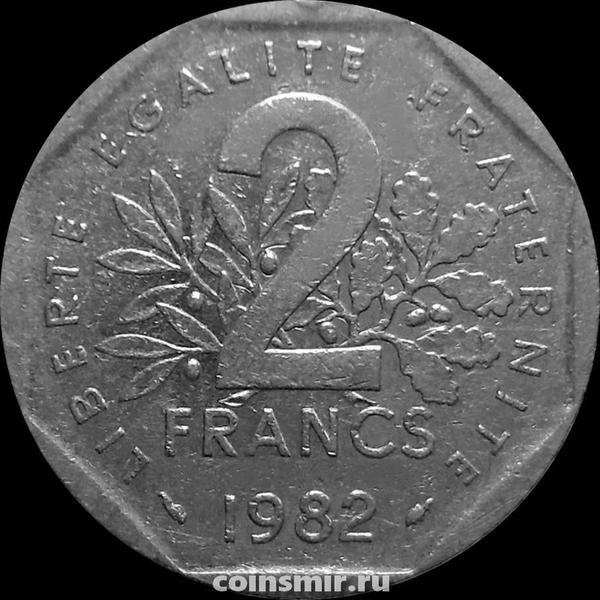 2 франка 1982 Франция.