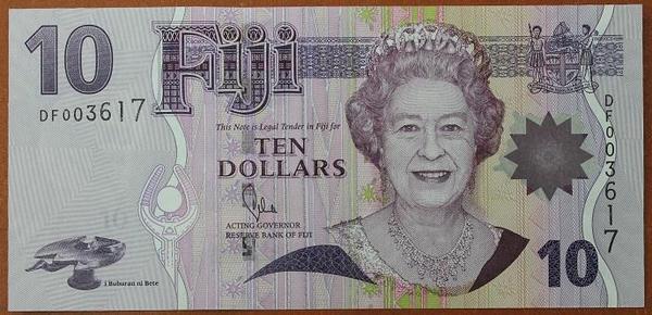 Фиджи 10 долларов 2002 год